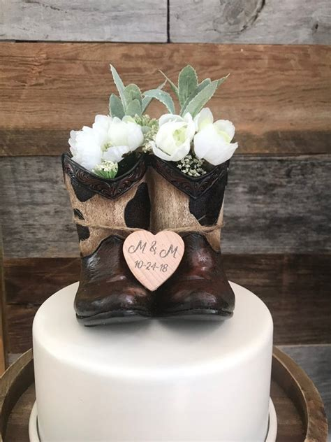 Rustic Wedding Cake Toppers / Cowboy Wedding Cake Topper