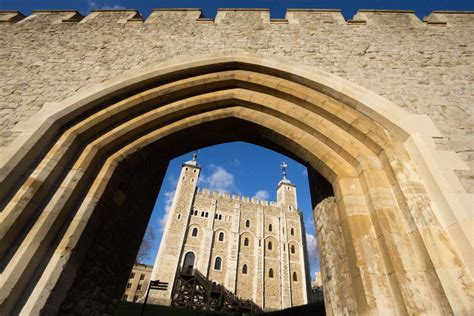 Tower of London - HISTORY