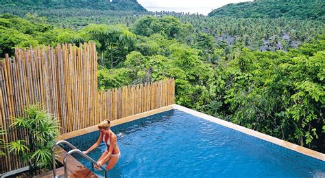 Luxury Hotel with Private Pool Villas & Suites - Phi Phi