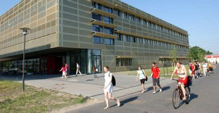 Astrophysics - Master - Study and Teaching - Faculty of
