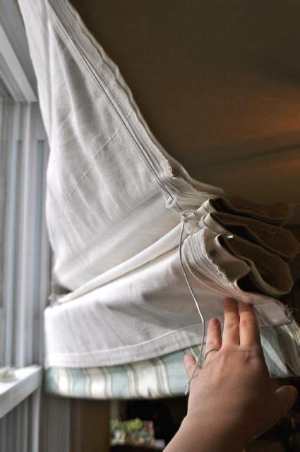 No-sew lined Roman shades, made using both rod sleeves and